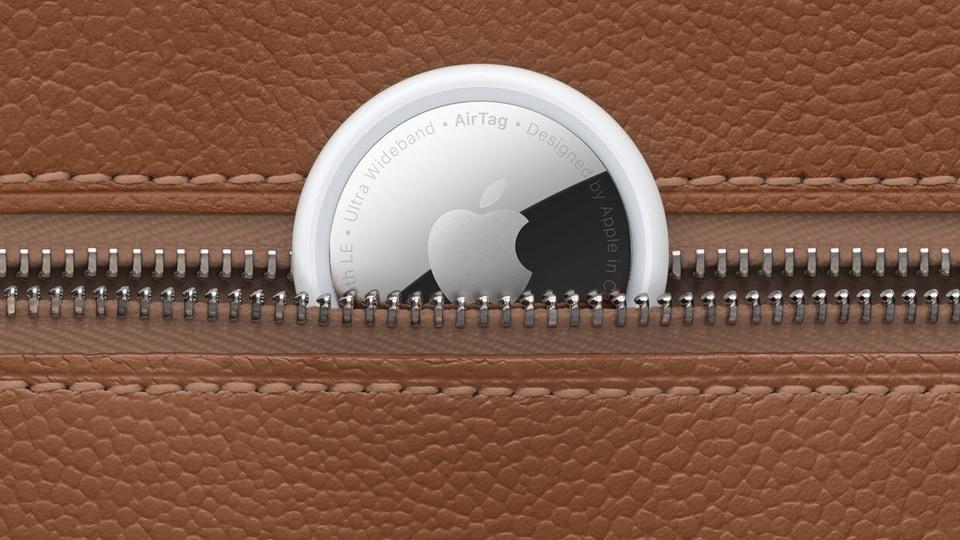 Apple AirTags.