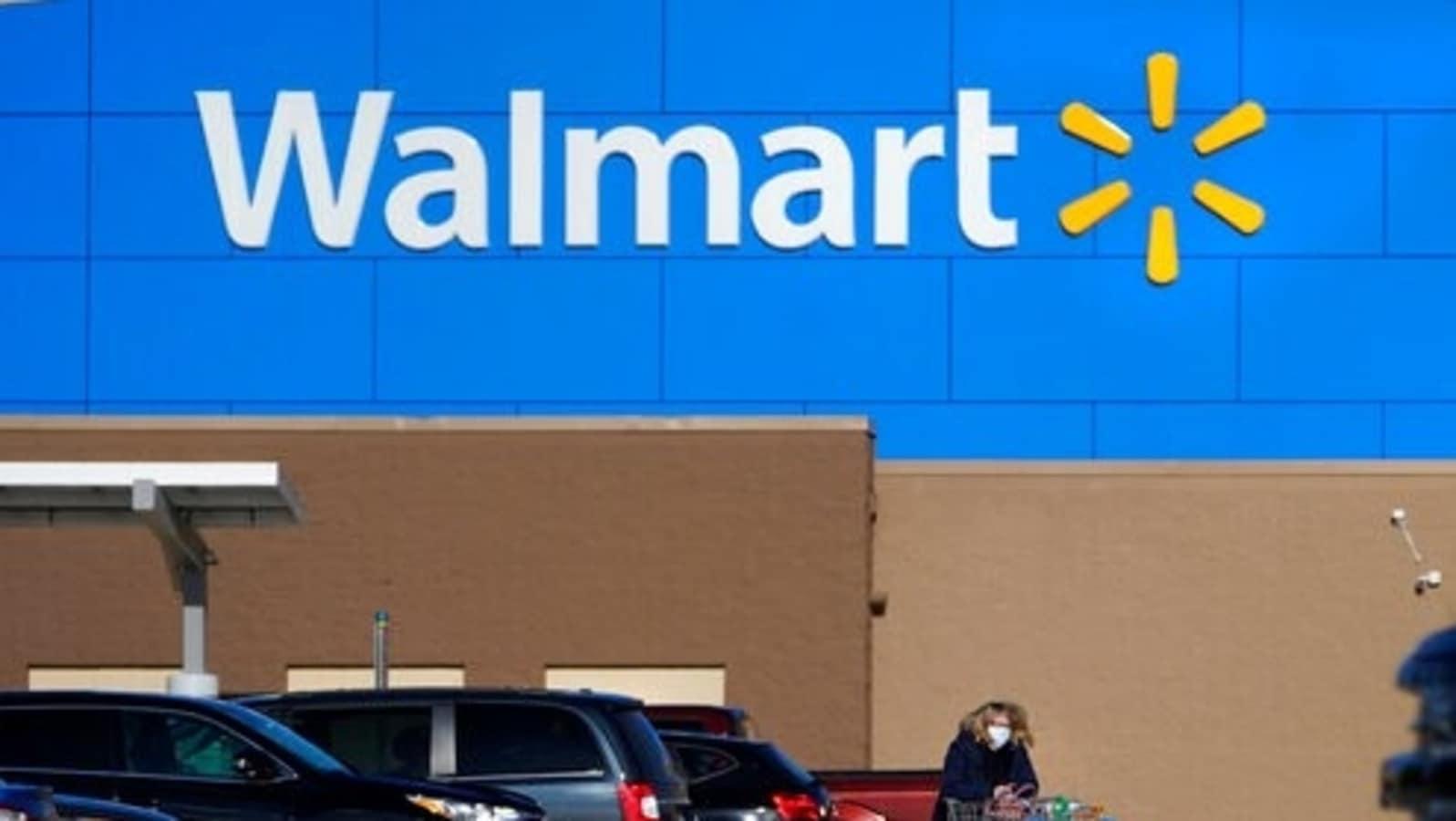 Walmart drops masks at its stores