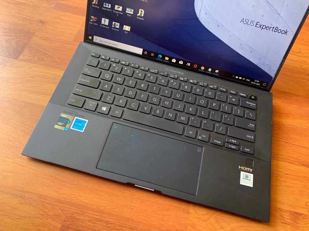 Asus ExpertBook B9400 laptop