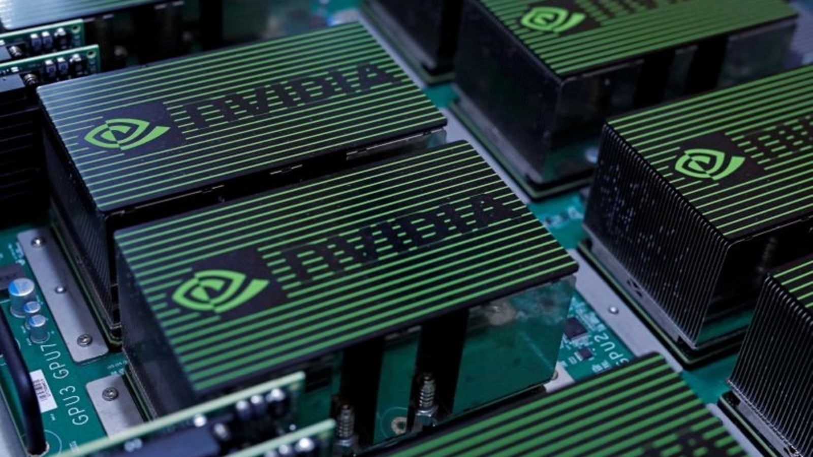 Nvidia gives strong forecast driven by gamer, data center demand
