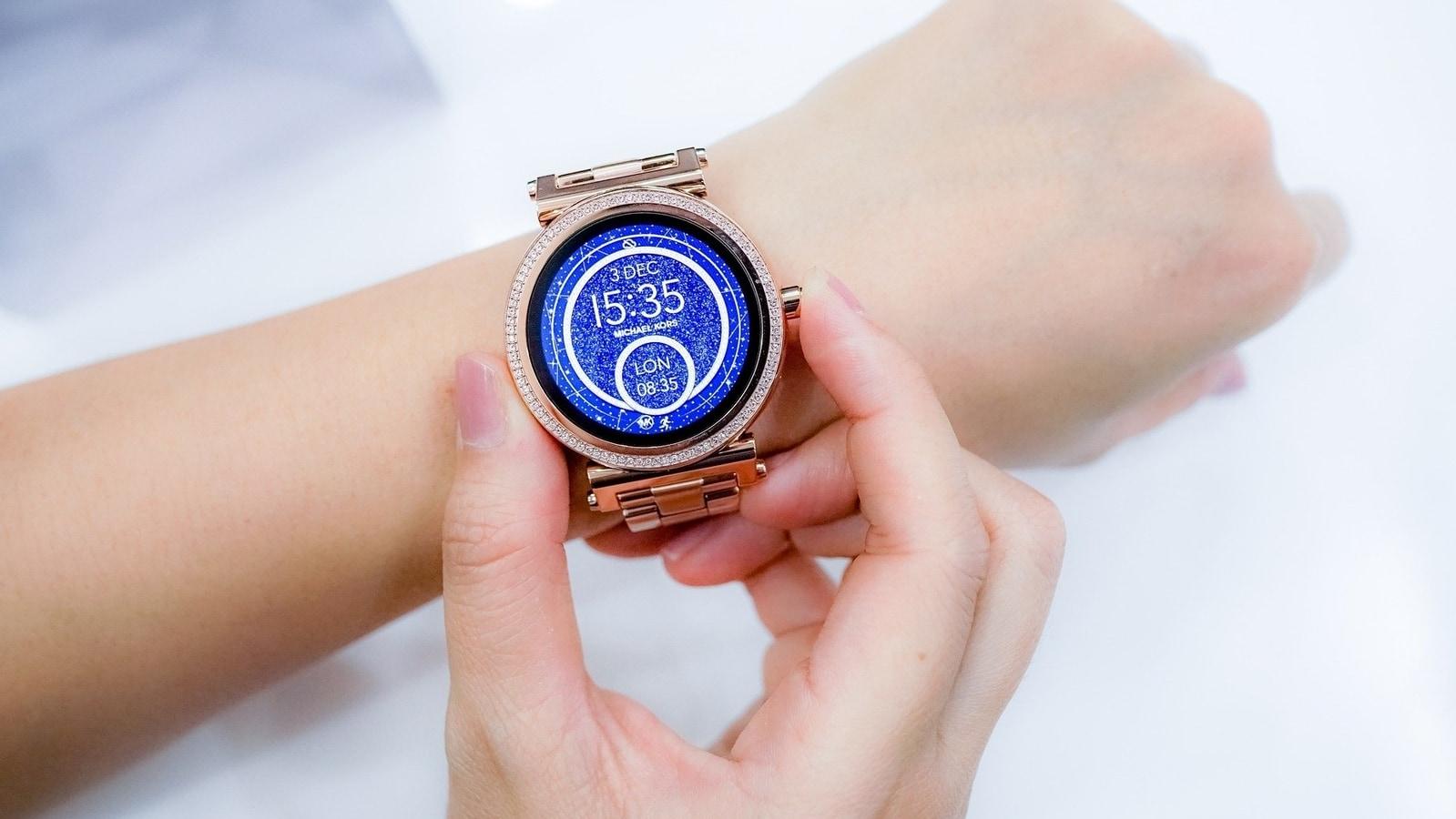 Fitbit Versa 3, Fitbit Sense, Apple Watch SE Fossil Gen 5E – 10 best smartwatches to improve oxygen levels
