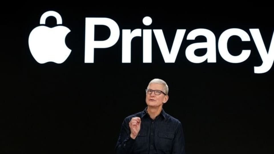 Apple CEO Tim Cook speaks about new privacy protections during Apple?s Worldwide Developers Conference at Apple Park in Cupertino, California, U.S., June 7, 2021. Brooks Kraft/Apple Inc/Handout via REUTERS