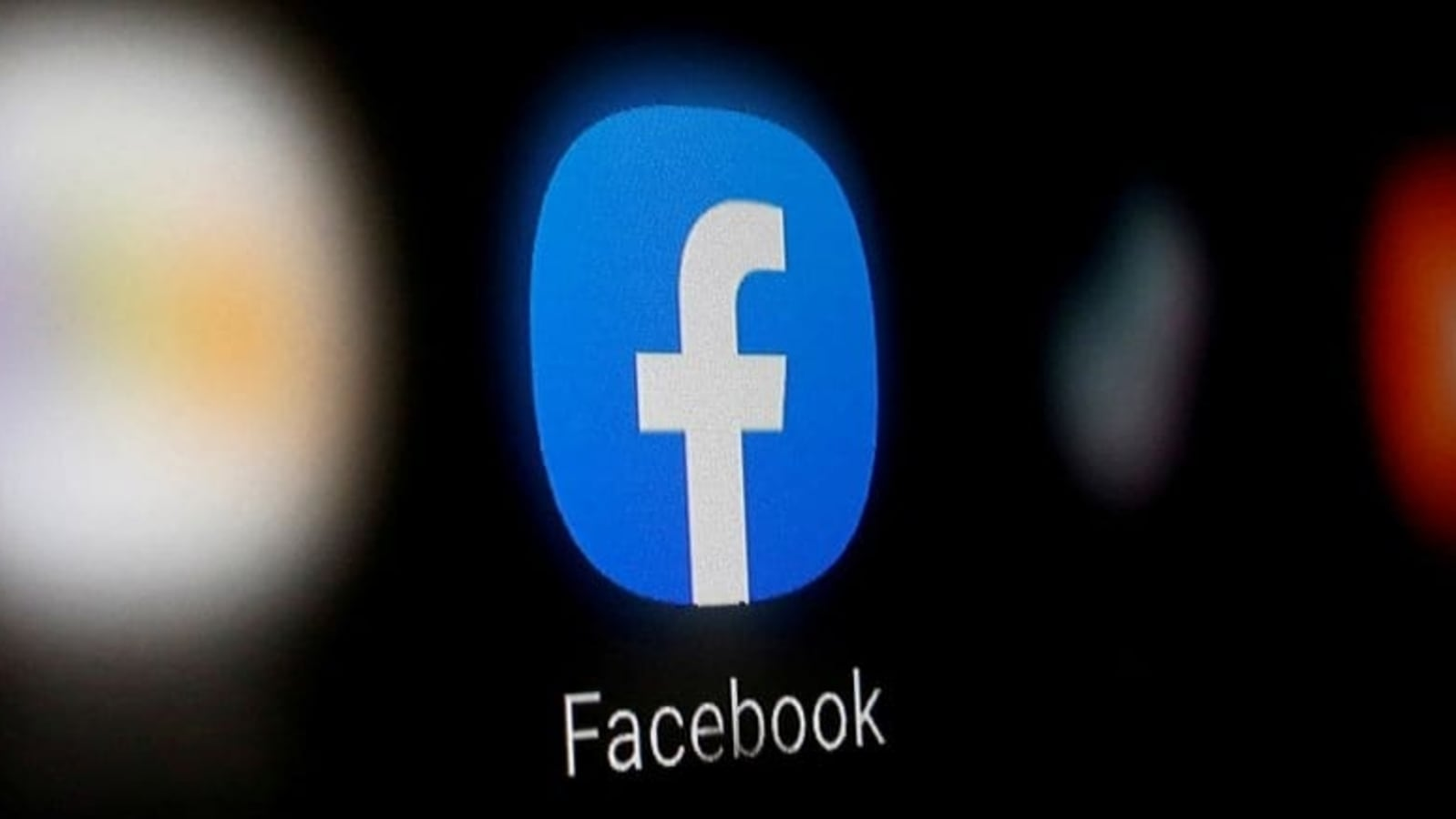 How to deactivate or delete your Facebook account ?