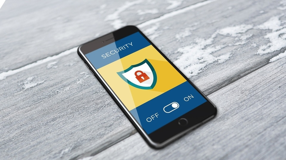 Every user, at least once during the day, asks this question - Has my smartphone been hacked?