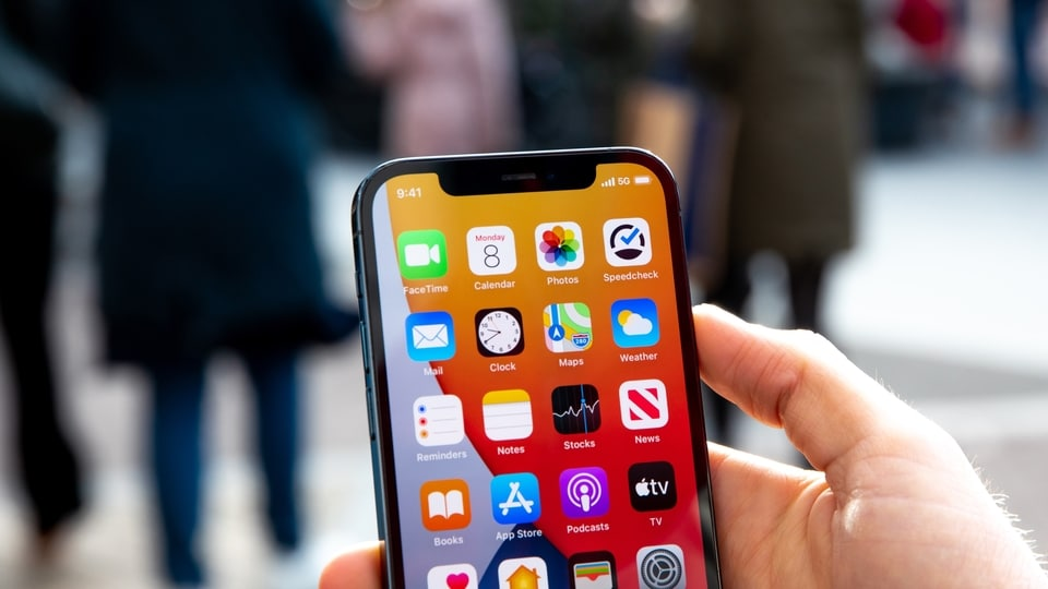 Before spending your money on a brand new device or factory reset your iPhone, you can try these tricks to keep your iPhone running smoothly as the day you first bought it.