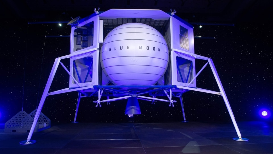 (FILES) In this file photo taken on May 09, 2019 Blue Moon, a lunar landing vehicle, is seen after being announced by Amazon CEO Jeff Bezos during a Blue Origin event in Washington, DC. - Blue Origin owner Jeff Bezos wrote an open letter to NASA on July 26, 2021, offering a $2 billion discount to allow his company to build a Moon lander. (Photo by SAUL LOEB / AFP)