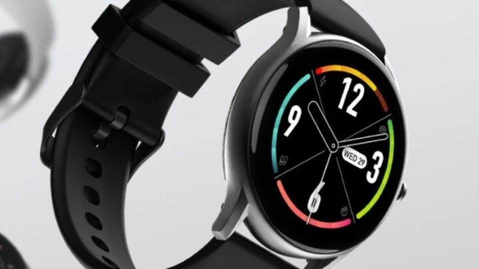 NoiseFit Core launch offer: The smartwatch is priced at just <span class='webrupee'>₹</span>2,999 at launch. However, the original NoiseFit Core price is <span class='webrupee'>₹</span>5,999.