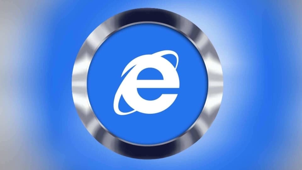 If you are using Internet Explorer with your Windows 10 OS, then know that your PC can be hacked. Thankfully, there are ways to stay safe, including installing Google Chrome or Microsoft Edge.