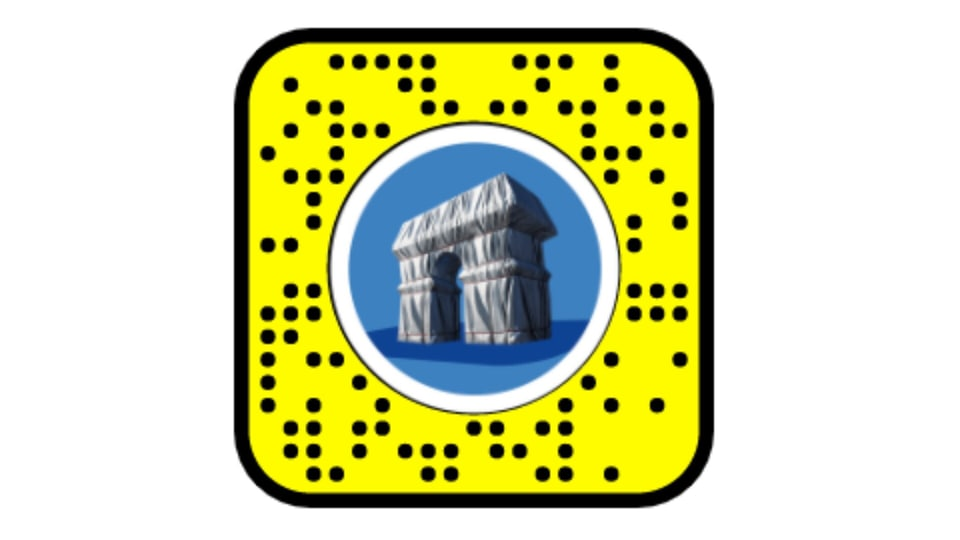 All Snapchatters need to do is to scan the snapcode, which is going to be located throughout the exhibition, and you will be transported straight to Place de Charles de Gaulle in Paris.