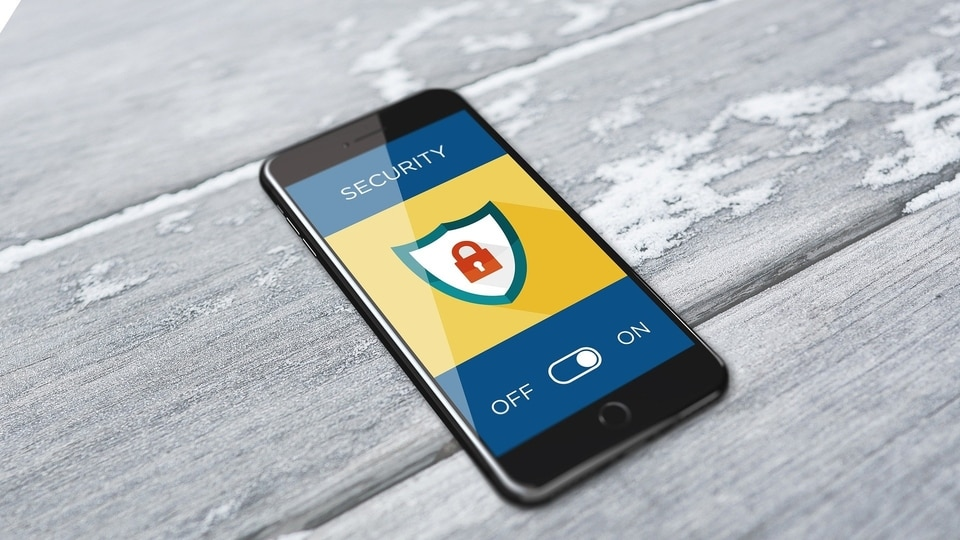 Smartphone tips and tricks: It is important to find and delete a virus and even more so is to be more careful while downloading apps as many have hidden malicious malware inside that most users won't even know about.