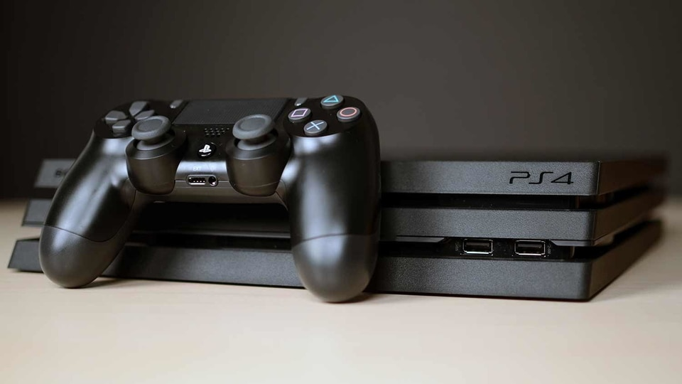 Sony's firmware update 9.00 fixes the PlayStation 4 console's internal clock issue and more