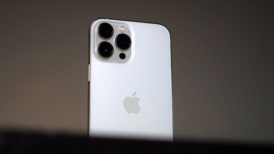 The iPhone 13 Pro Max gets a 1TB storage option alongside the 512GB, 256GB, and 128GB variants.