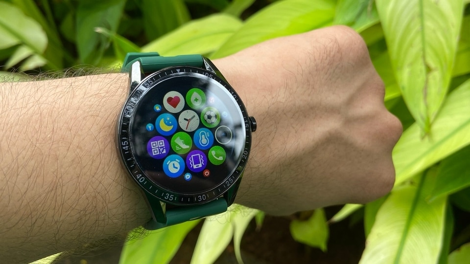 The Fire-Boltt Talk smartwatch allows users to take calls from their smartphone while its in their pocket.