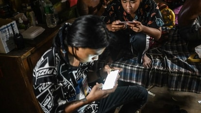Children playing mobile games, Free Fire, PlayStation, Xbox, or Nintendo Switch are being targetted by criminals. (Representative image)