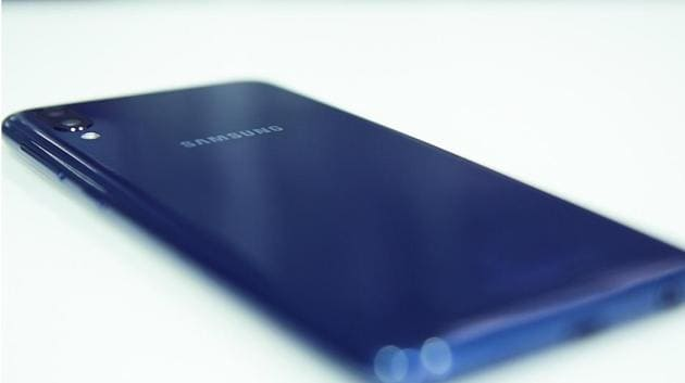 Samsung Galaxy M40 will be the first phone in the series with Infinity-O display.