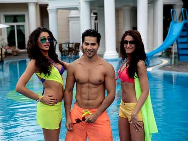 Main Tera Hero travels from mountainous Ooty, to the fun college campus of Bangalore, and then to a beautiful mansion, in gorgeous Thailand.