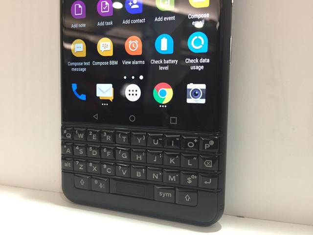 It has a combination of touchscreen and physical keyboard.
