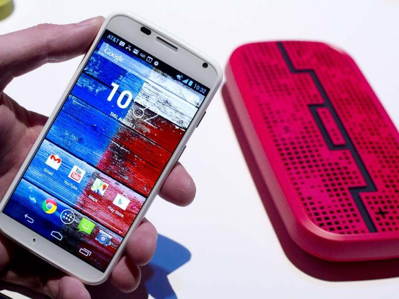 The Motorola Moto X smartphone, using Google's Android software, is displayed, Thursday, Aug. 1, 2013 at a press preview in New York. Photo: AP/Mark Lennihan