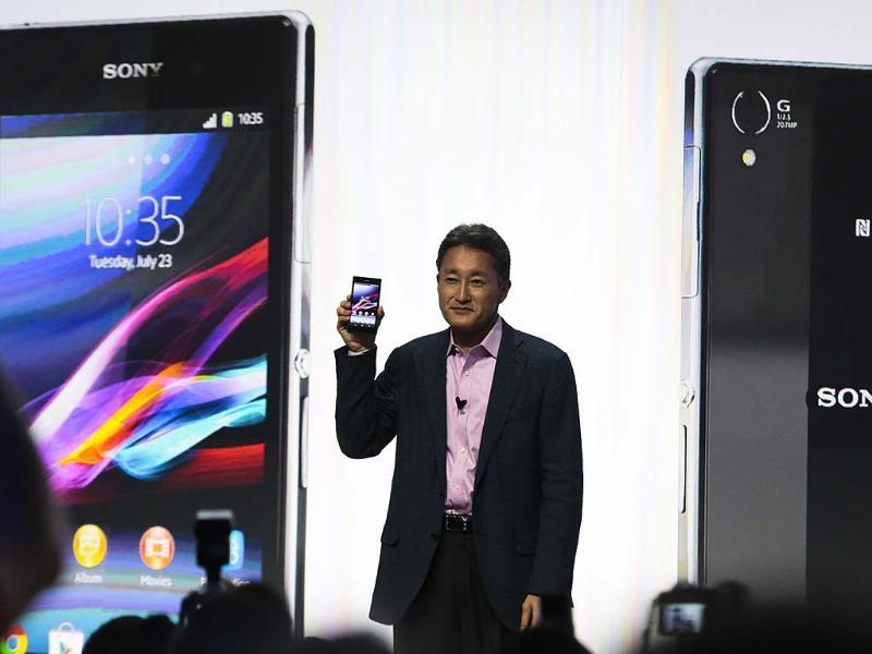 Kazuo Hirai, President and CEO of Sony presents the new Sony Xperia Z1 smartphone at an event ahead of the IFA, one of the world's largest trade fairs for consumer electronics and electrical home appliances in Berlin. Photo: AP/Markus Schreiber