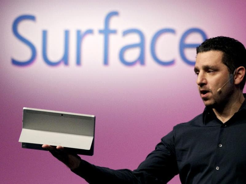 Panos Panay, corporate vice president of Microsoft, introduces a Surface 2 tablet with an integrated kickstand in New York. Microsoft says the Pro 2 also offers a 75 % improvement in battery life over the previous model. Photo: AP/Mark Lennihan
