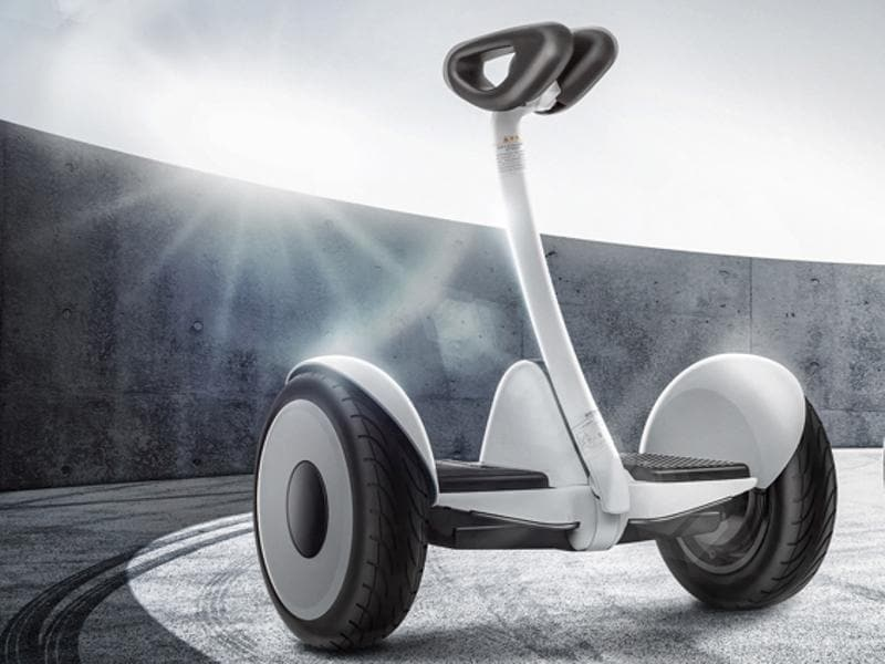 The Ninebot Mini resembles a Segway with its two-wheel design and follows Xiaomi's investment in Ninebot and Ninebot's subsequent acquisition of Segway
