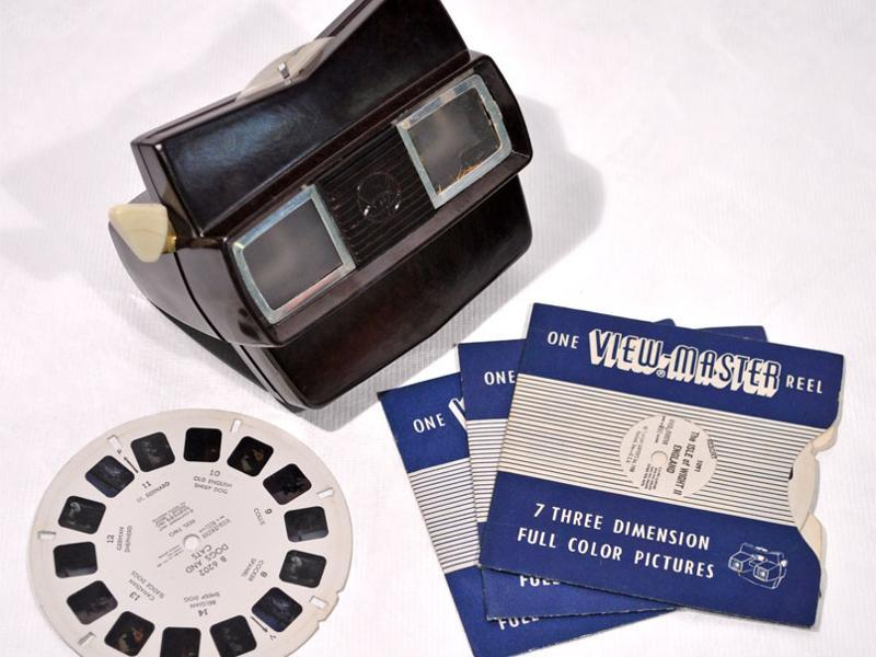 View-Master Model C allowed the user to view seven 3-D images on a paper disks
