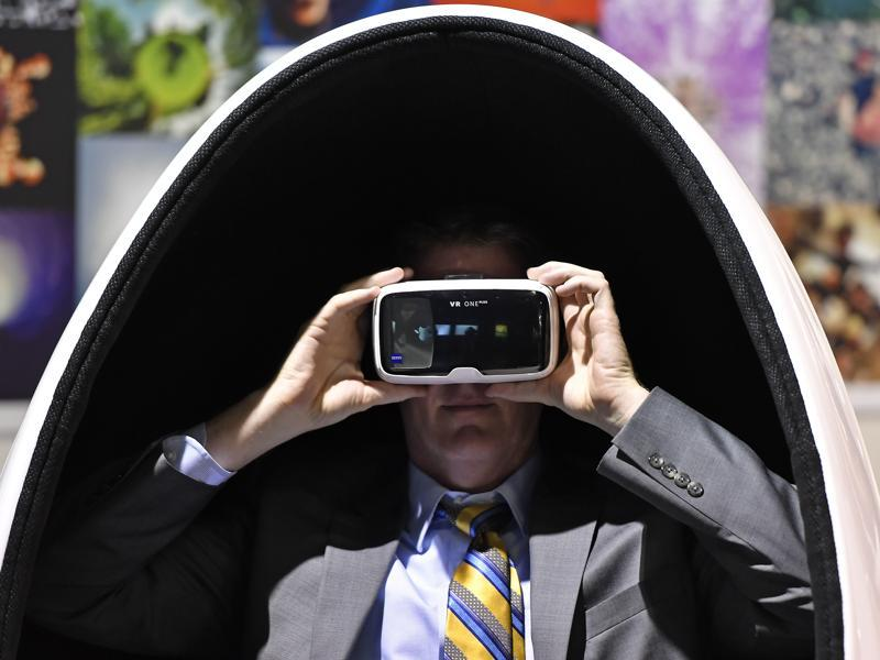 Virtual reality products were a big draw at this year's Photokina, signalling the rising interest in that technology.  (Martin Meissner / AP)