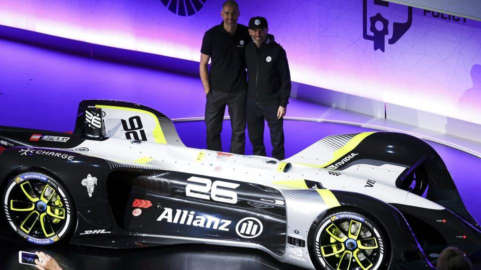 Denis Sverdlov (R), CEO, and Daniel Simon, Chief Design Officer of Roborace and Charge unveil Roborace's self-driving racing car (REUTERS)