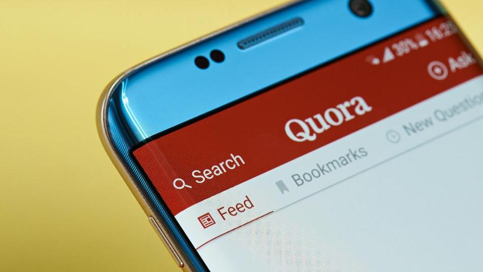 Quora app is now available in Hindi language.