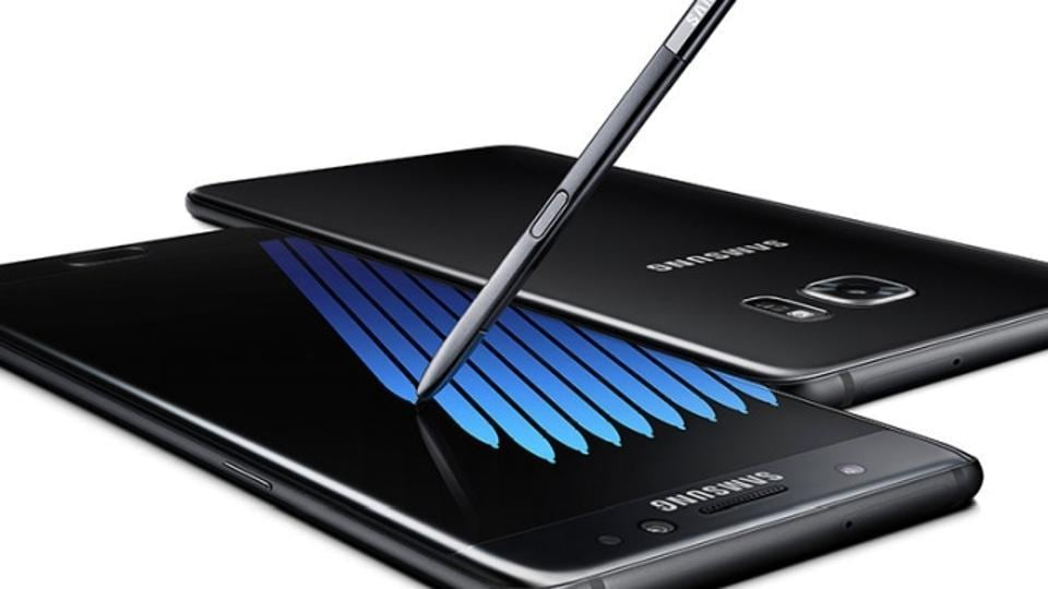 Samsung Galaxy Note 9 is rumoured to come with a large 4,000mAh battery - highest for a Galaxy Note phone.