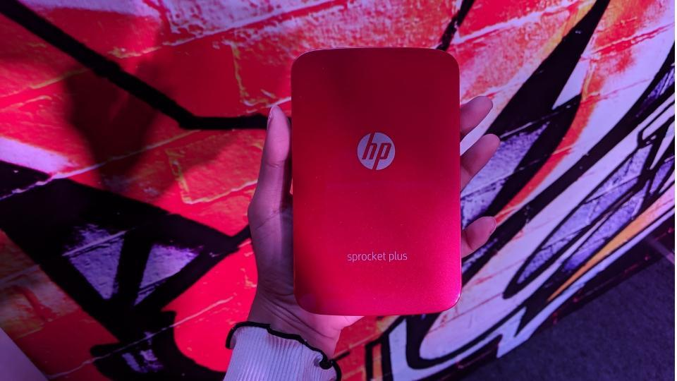 HP Sprocket Plus comes with free 10 ZINK photo print papers