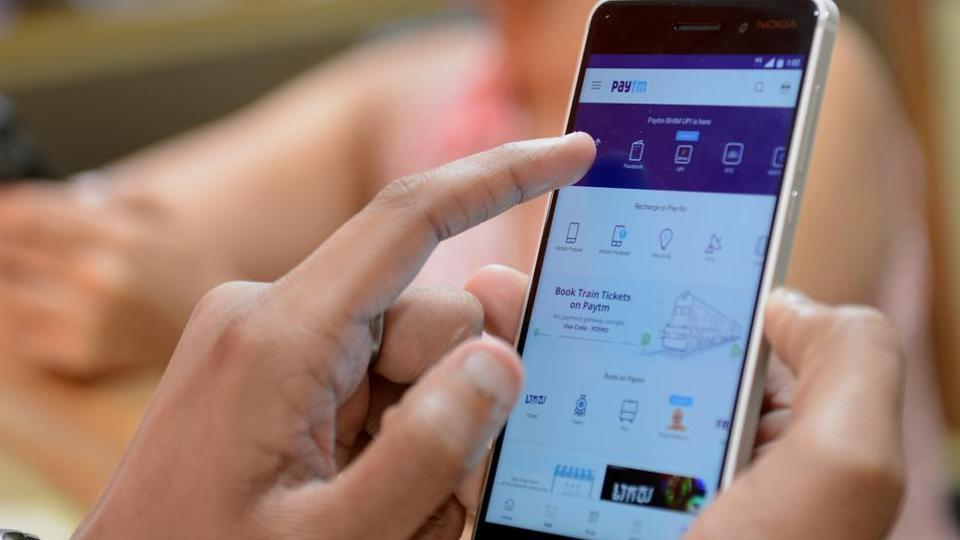 Paytm tested push notifications sending out a message to users late night on January 5.