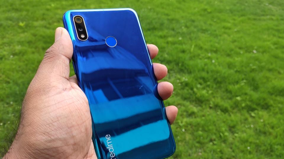 Realme 3 is available in India at a starting price of Rs 8,999