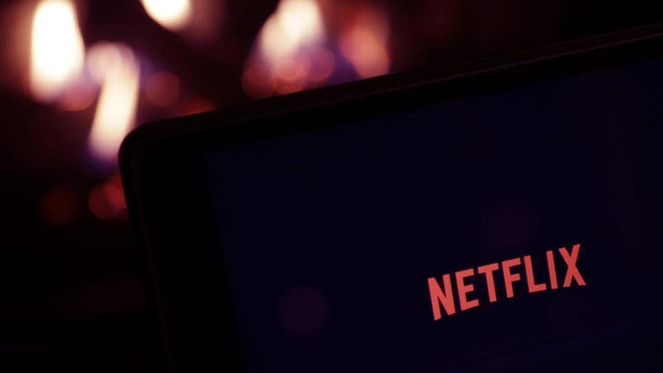 Netflix to start playing random episodes for users.
