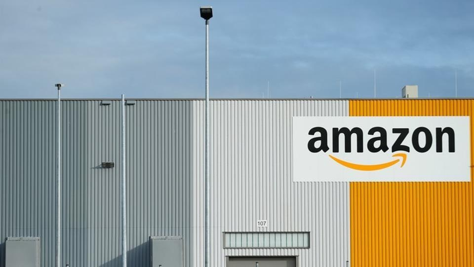 Amazon plans imminent launch of online food delivery service in India