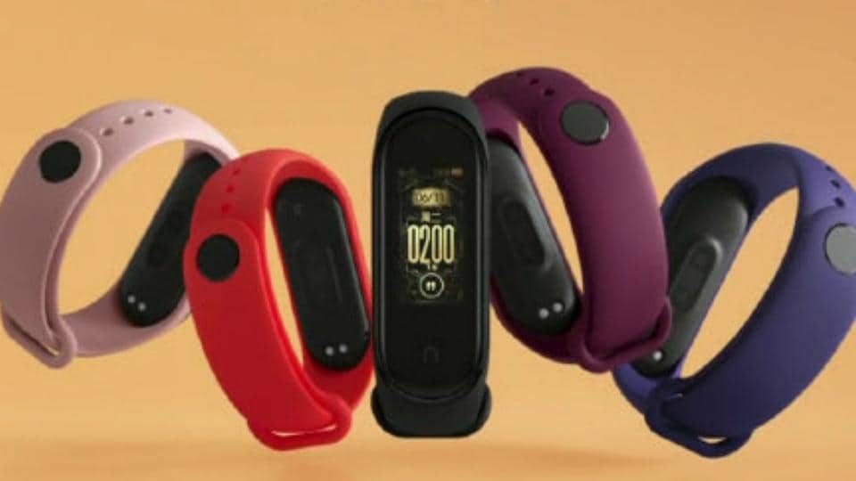 Xiaomi Mi Band 4 is official.