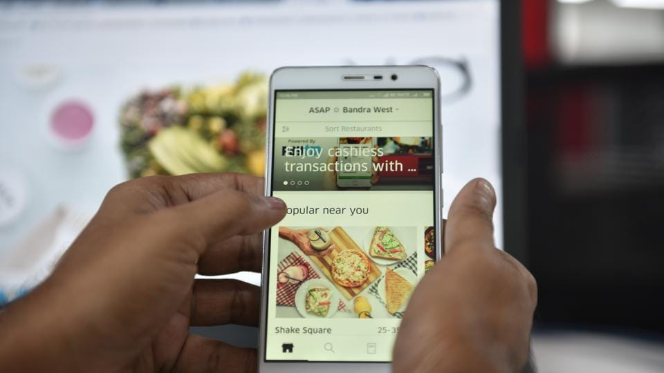 Talks of Uber selling off UberEats' India business to Zomato is now in advanced stages, according to sources. Photo by Indranil Bhoumik/Mint on 3 May, 2017
