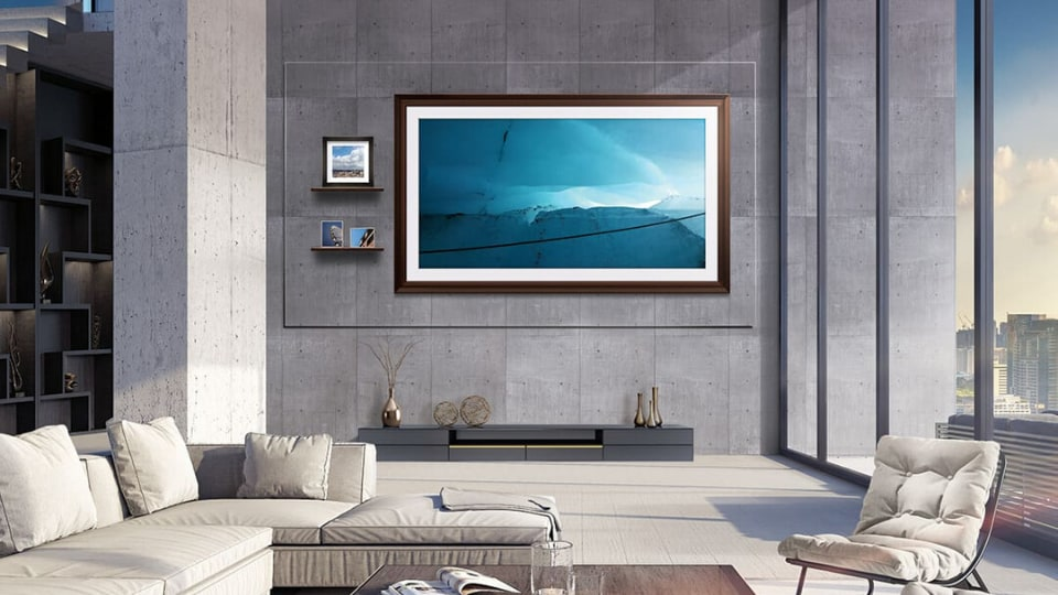 The Wall is meant to sit royally in your sprawling entertainment room, it's supposed to grace your high-end store, or the swanky reception of your glass-walled office.