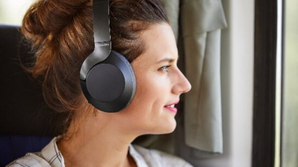 Philips has launched its latest offering, the TAPH805. These are wireless Bluetooth headphones that come with Google Assistant and Active Noise Cancellation (ANC) support.