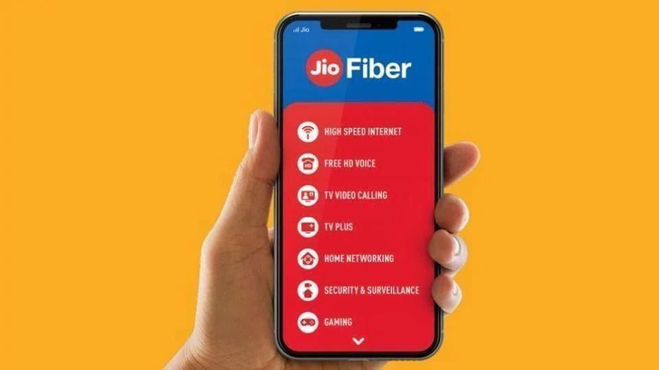 Reliance Jio Fiber vs Airtel Fiber vs BSNL Bharat Fiber