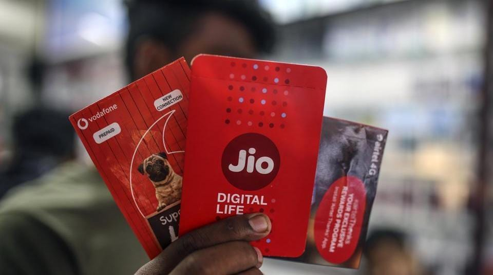 Sim card packets for Reliance Jio.