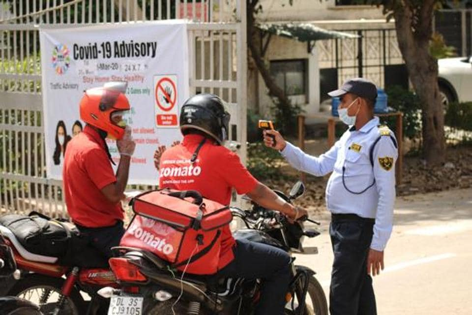 Zomato has made it mandatory for all its delivery partners to download and use Aarogya Setu. The food-delivery company is currently catering to food as well as grocery deliveries across cities to help people cope with the current Covid-19 lockdown.