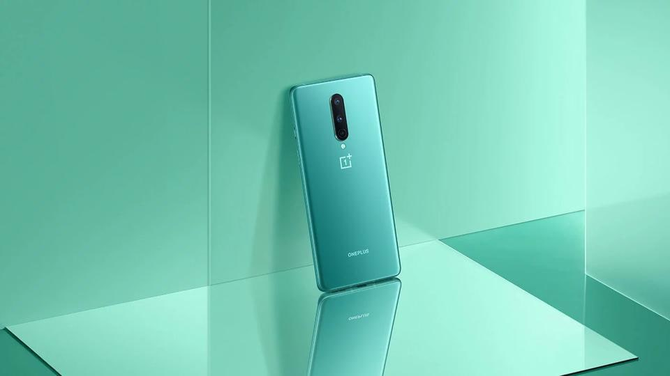 Oneplus 8 Lite is rumoured to feature a 6.4-inch AMOLED display with 90Hz refresh rate.